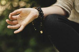 オンラインヨガSOELU(ソエル)はマタニティさんにおすすめ!ヨガ歴10年+ヨガ資格保有の現役妊婦が解説|アラサー通訳者の妊娠ログ(番外編)